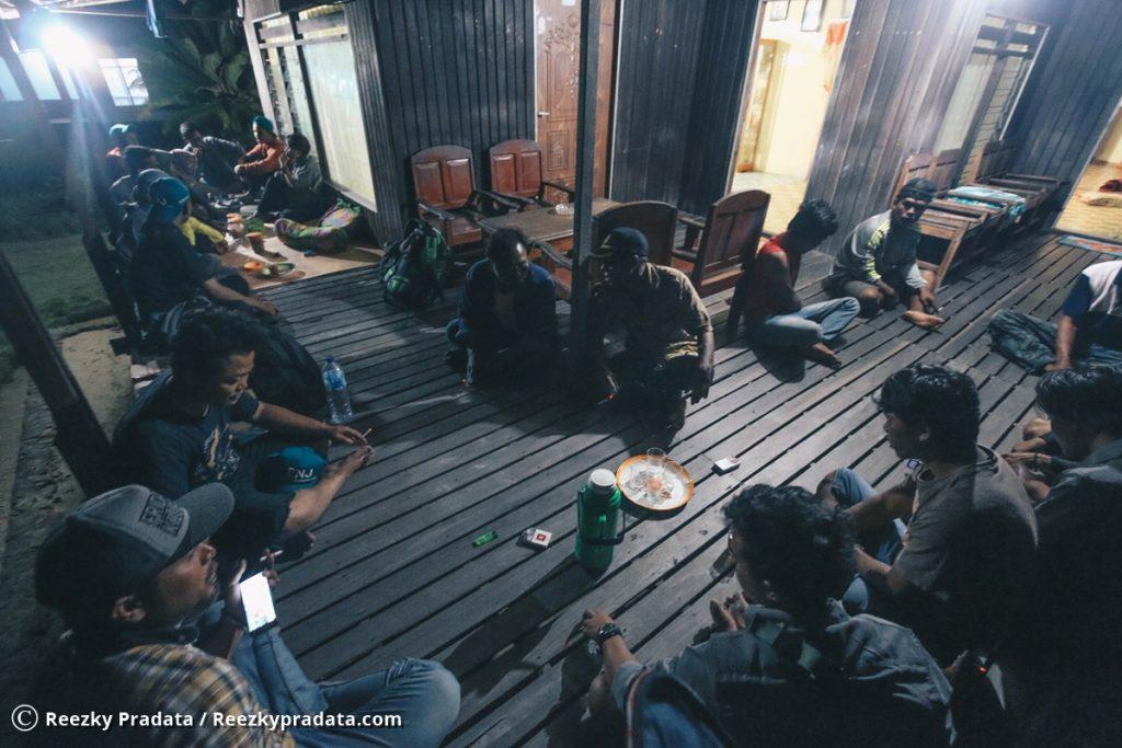 Rumah warga Pulau Keramaian