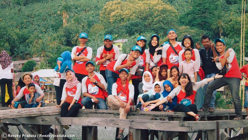 tim ENJ UGM 2017 Pulau Maradapan