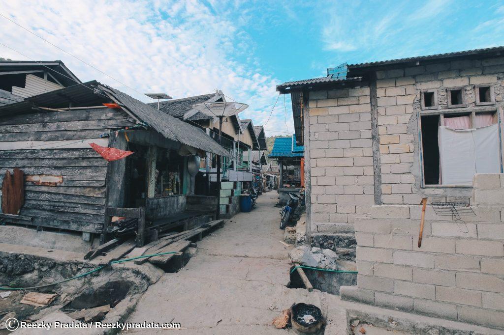 Kondisi rumah di Pulau Maradapan