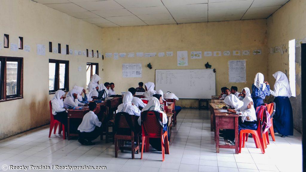 Kondisi dalam Sekolah Maradapan